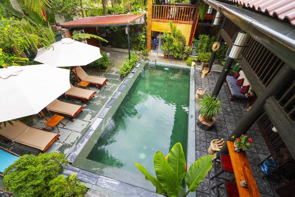 Hidden Beach Pool Villas